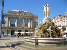 Loved visiting this fountain and sharing lunch with Abby in Montpellier, France