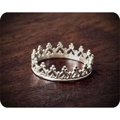 A Father gives his daughter this ring for her 16th birthday (when dating is officially allowed) to wear on her left ring finger--to remind her that she will always be HIS little Princess first-- and to remind her to only date boys who will treat her like a Queen--the way her Heavenly Father sees her!