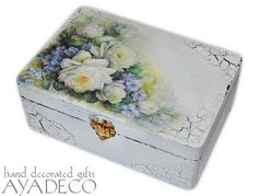 Romantic roses box