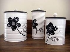 50 Crafts and Projects Using Recycled, Repurposed, & Upcycled Cans {Saturday Inspiration & Ideas « Decor Diy Best Tin Can Crafts, Diy And Crafts, Arts And Crafts, Recycle Cans, Diy Cans, Formula Can Crafts, Baby Formula Cans, Tin Can Art, Pot A Crayon
