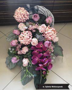 Vence, Hydrangea Arrangements, Sympathy Flowers, Funeral Flowers, Floral Wreath, Diy, Wreaths, Inspiration, Home Decor