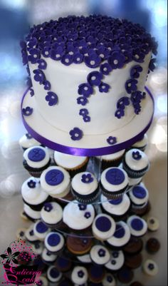 Wedding Cake Buttercream Rosette Couple Cutting