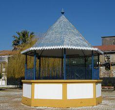 Reanimar os Coretos em Portugal: Viana do Alentejo Portugal, Portuguese, Gazebo, Retail, Outdoor Structures, Country, Places, Outdoor Decor, Shopping