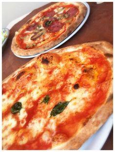 capri, italy, travel, vacation, pizza, eat, yum