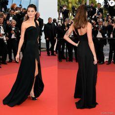 Isabeli Fontana prestigia o Festival de Cannes 2016 com vestido de Brandon Maxwell, joias Chopard e sapatos Salvatore Ferragamo nesta quarta-feira, 18 de maio de 2016