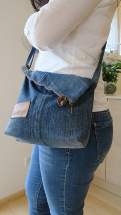 Best Indoor Garden Ideas for 2020 - Modern Diy Jeans, Jean Purses, Denim Purse, Denim Crafts, Popular Handbags, Recycled Denim, Patchwork Bags, Clothes For Women, Birthday Quotes