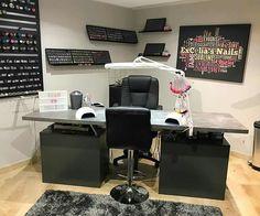 Home Beauty Salon, Home Nail Salon, Nail Salon Design, Nail Salon Decor, Tech Room, Beauty Room Decor, Esthetician Room, Bedroom Hacks, Nail Room