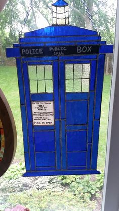 Stained glass TARDIS!