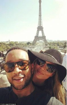 John Legend and Chrissy Teigen pose for selfies at the Eiffel Tower Famous Couples, Couples In Love, Power Couples, Selfies, Chrissy Teigen John Legend, Cute Celebrity Couples, Celebrity Gossip, Celebrity Photos, Bae