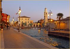 Lazise is located on the eastern shore of Lake Garda in the town of Castelnuovo del Garda and Bardolino, and extends inland almost to Pastrengo. It is located about 24 km from Verona, capital of the province to which it belongs.