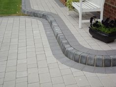 Ecocret - A standard collection of kerbstone at best price in Delhi NCR. Garden Ideas Driveway, Driveway Landscaping, Garden Steps, Modern Landscaping, Fence Ideas, Block Paving Driveway, Brick Paving, Cement Driveway, Driveway Gate