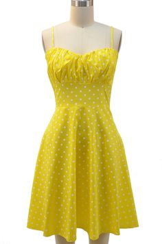 gettinfitt.com yellow-sundress-01 #sundresses