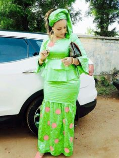 Malian Fashion bazin #Malifashion #bazin #wax #malianwomenarebeautiful…