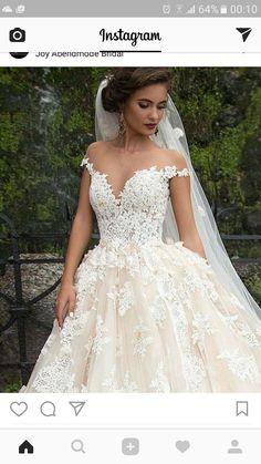 Joy abendmode bridal