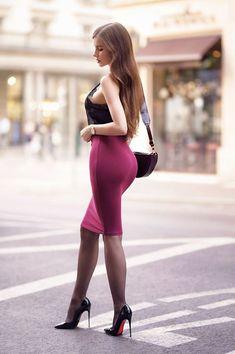 """Ariadna Majewska "" What a sexy outfit 💋💋💋💋 Mode Outfits, Sexy Outfits, Fashion Outfits, Fashion Tips, Fashion Models, Girl Fashion, Womens Fashion, Tight Dresses, Sexy Dresses"