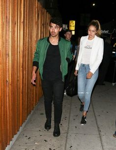 The Cool Nike Sneakers Gigi Hadid Wore on a Date With Joe Jonas - Celebrity Street Style