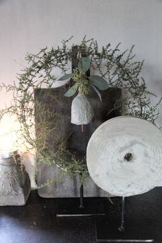 Shabby Chic Xmas, Christmas Love, Christmas Ornaments, Xmas Wreaths, Deco Floral, Wabi Sabi, Christmas Inspiration, Xmas Decorations, Bunting