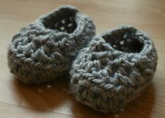 0-3 mo. 10 Minute Crochet Bootie Pattern, 2 different styles
