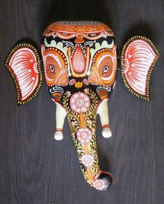 papier mache ideas, craft show ideas.-- other art ideas and inspiration Paper Mache Mask, Paper Mache Sculpture, Paper Mache Crafts, Clay Crafts, Elephant India, Tribal Elephant, Indian Art Gallery, Indian Contemporary Art, Mask Painting