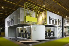 Shipping Container Offices – The Perfect Workplace – My Life Spot Shipping Container Office, Shipping Container Design, Container Buildings, Container Architecture, Container Shop, Container House Design, Coffee Storage Containers, Warehouse Design, Warehouse Office