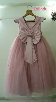 Pink Dresses For Kids, Little Girl Dresses, Cute Dresses, Girls Dresses, Baby Dresses, Dress Girl, Frock Design, Baby Dress Design, Cotton Frocks For Kids