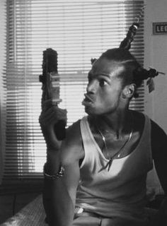 Marlon Wayans in Don't Be a Menace to South Central While Drinking Your Juice in the Hood Arte Do Hip Hop, Hip Hop Art, Baile Hip Hop, Old School Pictures, Ps Wallpaper, Estilo Hip Hop, Mode Hip Hop, Marlon Wayans, Dope Wallpapers