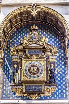 oldest clock of the city, Paris France, Big Clocks, Unusual Clocks, Cathedral Architecture, Tabletop Clocks, Secret Rooms, Chef D Oeuvre, Paris City, Le Chef