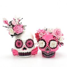 Pink Skull Wedding Cake Toppers Gothic Wedding Handmade Art and Crafts Dia De Los Muertos 00113  www.goodiemud.com