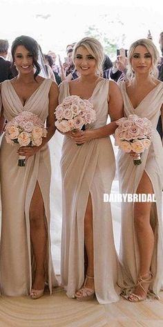 Chiffon V-Neck Simple Pleated Long Slit Bridesmaid Chiffon V-Ausschnitt Einfache Plissee Long Slit Brautjungfernkleid, Chiffon V-Neck Simple Pleated Long Slit Bridesmaid Dress, - Beach Wedding Bridesmaids, Summer Bridesmaid Dresses, Destination Bridesmaid Dresses, 3 Bridesmaids Pictures, Blush Pink Bridesmaid Dresses, Beautiful Bridesmaid Dresses, Bridesmaid Ideas, Pretty Dresses, Summer Dresses