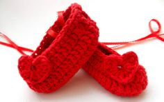 Newborn Infant Baby Girl Reborn Booties Knit by ItsyBitsyBabyToes, $13.00