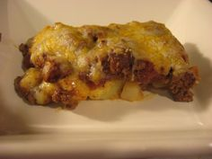 Freezer Meals For Us: Chili Cheese Potato Casserole.... craving Del Taco Chili Cheese Fries