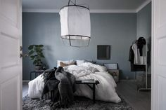 my scandinavian home: A calm Swedish home with a blue bedroom Blue Green Bedrooms, Blue Gray Bedroom, Swedish Bedroom, Scandinavian Bedroom, Master Bedroom, Scandinavian Apartment, Minimal Bedroom, Style Deco, Trendy Bedroom