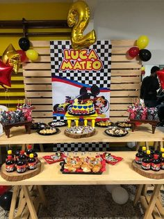 Healthy recipes for dinner with kids free Race Car Birthday, Birthday Party Tables, Cars Birthday Parties, Disney Birthday, Mickey Mouse Birthday, 2nd Birthday, Lego Mini, Prince Birthday, Mickey Party