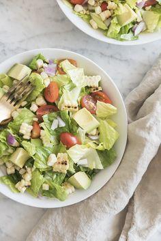 Southwest salad taste in 2019 Kourtney Kardashian, Kardashian Salads, Salad Recipes Video, Healthy Salad Recipes, Healthy Chicken Recipes, Healthy Dinners, Salmon Recipes, Healthy Foods, Vegetarian Recipes