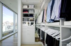 Looking to design a walk-in closet in your home? Let California Closets design a premium closet solution that matches your style, storage needs and budget. Bedroom Vintage, Modern Bedroom, Bedroom Decor, Bedroom Ideas, Bedroom Storage, Entryway Storage, Bedroom Colors, Bedroom Furniture, Master Closet