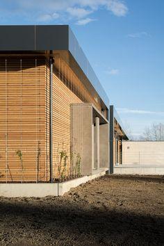 ASZ (Abfallsammelzentrum) Perg, OÖ - Austria Austria, Garage Doors, Outdoor Decor, Room, Furniture, Home Decor, Architects, Projects, Bedroom