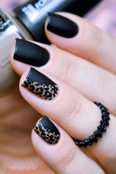 Get to know how to paint Leopard Nail Art designs! Leopard prints are a trend nowadays. From clothes to shoes to bags and even to nail art designs, they Leopard Nail Art, Leopard Print Nails, Black Nail Art, Leopard Prints, Matte Black, Animal Prints, Black Gold, Mat Black Nails, Black Manicure