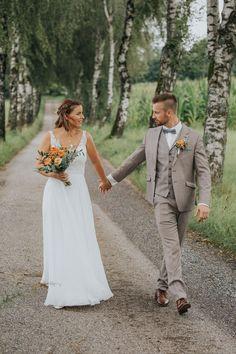 Top Wedding Trends, Wedding Tips, Wedding Ceremony, Wedding Planning, Best Day Ever, Bridesmaid Gifts, Wedding Accessories, Perfect Wedding, Photographers