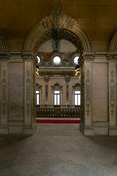 Architecture photography, Palácio da Bolsa no Porto on Behance