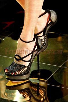 Zapatos taco aguja moda