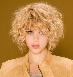 coupe cheveux femme court ondulé