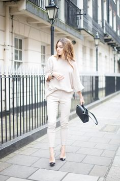 Lydia Lise Millen is an advocate of the neutral trend in this all-neutral outfit consisting of a gorgeous matching top and trousers combination from Joseph. This look is perfect for the ultimate street glam aesthetic! Top/Trousers: Joseph, Coat: Jigsaw, Shoes: Gianvito Rossi, Bag: Louis Vuitton.