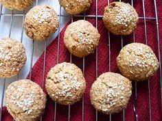 Megfőzlek...: Töpörtyűs-kolbászos pogácsa Krispie Treats, Rice Krispies, Muffin, Breakfast, Food, Morning Coffee, Eten, Rice Krispie Treats, Cupcakes
