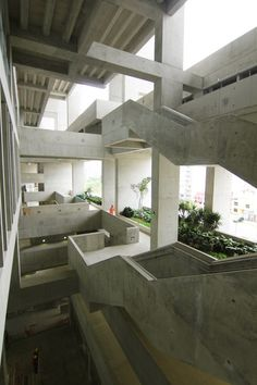 Gallery of Engineering and Technology University - UTEC / Grafton Architects + Shell Arquitectos - 4