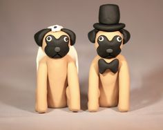 Pugs wedding cake topper haha.. http://img1.etsystatic.com/