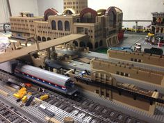 Lego Train Station, Lego Trains, Lego Room, Cool Lego, Lego Ideas, Lego City, Model Trains, Legos, Building
