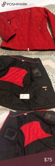 🌟EUC--Like NEW🌟 Nike Coat EUC Nike coat in bold red! Features a quilted fabric pattern, pockets for securing items, phone/music, and even one for lipstick 💄 ! Two front zip pockets as well. Body & fill are 100% Polyester/Lining is 100% Nylon. Lightweight but warm!! Only flaw is the clear screen on pocket where phone/music player would go looks cloudy. Gorgeous coat!! Nike Jackets & Coats