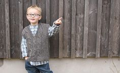 Free+Knitting+Pattern+-+Toddler+&+Children's+Clothes:+Cabled+Spinning+Vest