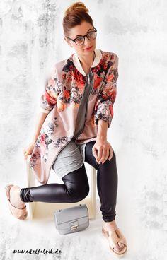 die EDELFABRIK | Ü40 Blog für Mode, Beauty und Lifestyle aus Kassel: So kombiniere ich eine Pilotenjacke mit Blumenmust...
