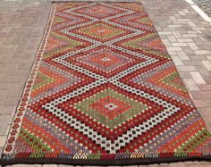Unique Design 119.5 x 76 Kilim rug Vintage Turkish by PocoVintage